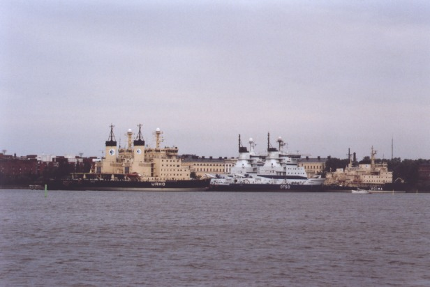 finnish-icebreaker-in-helsinki.jpg