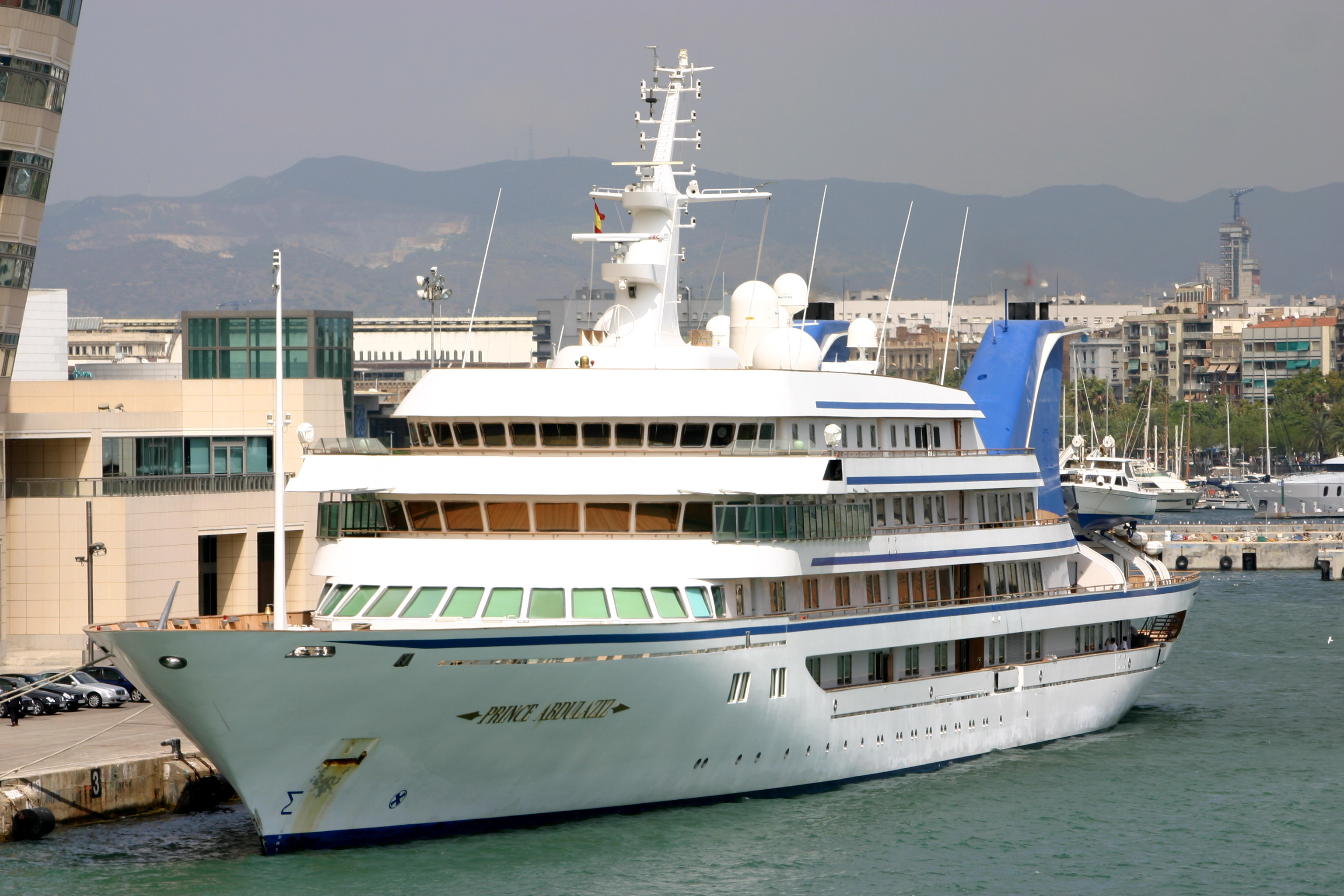 prince abdulaziz 10 Biggest Yachts In The World