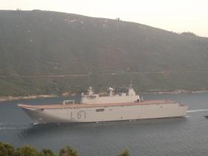 LHD JUAN CARLOS I saliendo de la ría de Ferrol